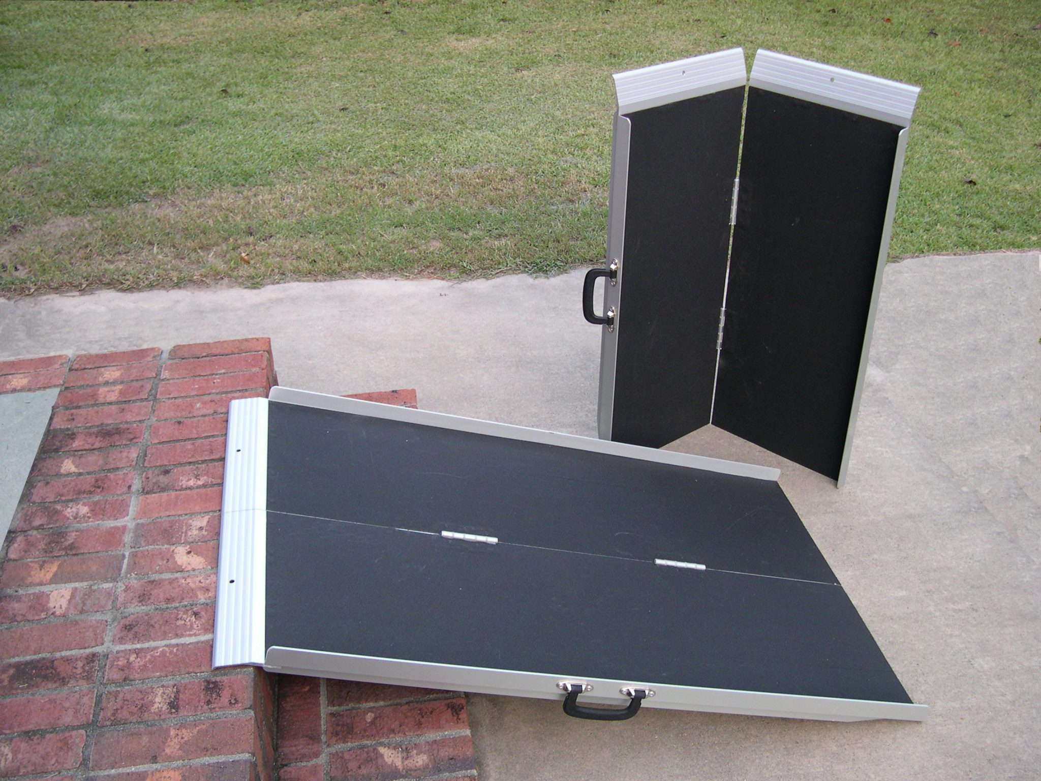 4 39 aluminum portable ramp. Black Bedroom Furniture Sets. Home Design Ideas